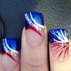 Top 16 Holiday Nail Designs For Patriot & July – New & Famous Fashion Manicure - DIY Craft Fingernail Designs, Nail Polish Designs, Cool Nail Designs, Fancy Nails, Diy Nails, Pretty Nails, Nail Nail, Holiday Nail Designs, Holiday Nail Art