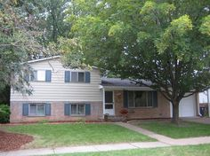 This week we are featuring 1525 Kuehnle, Ann Arbor, MI, an  immaculate tri-level home.