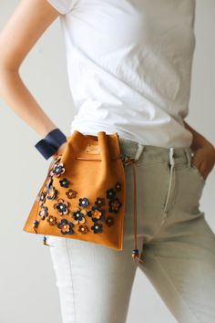 Leather Waist Bag, Gift idea, gift for her, Leather Belt Bag, Floral Bag, Floral Waist Bag, Leather Waist Bag, Handmade Bag, Leather Fanny Pack, Floral Fanny pack, Small Bag