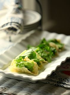 Caesar Salad Parmesan Tacos - A great appetizer - Low Carb, Low Calorie - Pin it to your appetizer board