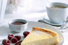 Tvarohový koláč s malinovou omáčkou   Apetitonline.cz VYZKOUŠENO - výborne´