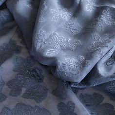 Chiffon Jacquard blaugrau - Hauchzarter Jacquard – durchsichtig Breite in cm: 110 #Seide