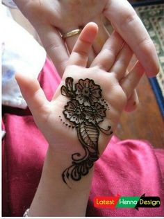 It's really really hard for you to satisfy your Childs on what the want and what you draw on their hands so we try to gather some latest Mehndi designs that your Princesses must like and give him a try shoot.  http://www.latesthennadesigns.com/2017/05/15-simple-mehndi-designs-for-kids.html  #henna #hennadesigns #hennaforkids #forlove #forkids #mehndi #mehndidesigns