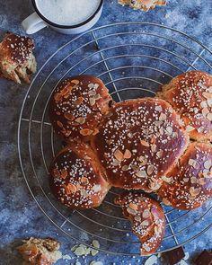 Dreikänigskuchen / Three Kings Cake ohne Plastik / without plastic Quick Recipes, Vegan Recipes, Cooking Recipes, Latest Recipe, Vinegar, Easy Meals, Velvet, Plastic, Healthy