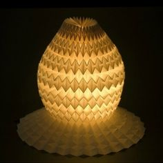 A Fabergé egg-inspired lamp created by Ilan Garibi Origami Toys, Origami Lamp, Origami Egg, Diy Origami, Origami Envelope, Diy Envelope, Modern Light Fittings, Outside Lighting Ideas, Origami Box With Lid