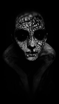 I love Art ,Horror and other nice things. All the Pictures that I post do not belong to me! Dark Fantasy, Fantasy Art, Art Zombie, Art Noir, Gothic Art, Dark Beauty, Horror Art, Macabre, Dark Art