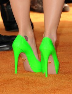 want these shoes!!!