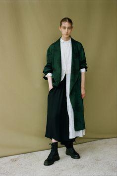 Sfilata Y's Yohji Yamamoto Parigi - Collezioni Primavera Estate 2018 - Vogue