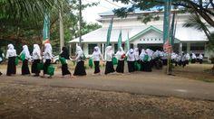 salah satu kegiatan bina akrab Maba FH-UMI 2017 Di Pesantren Darul Mukhlisin Padang Lampe, Pangkep.