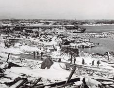 Some aftermath of the Halifax Explosion Dec 6 The largest explosion until atomic bomb testing. All Pictures, Best Funny Pictures, Halifax Explosion, Uss Indianapolis, The Mont, Tug Boats, Navy Ships, Nova Scotia, Paris Skyline