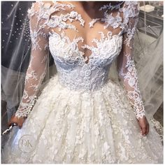 Fabulous Frozen Wedding Dress That Are Made to Fit For You Beautiful Wedding Gowns, Dream Wedding Dresses, Bridal Dresses, Beautiful Dresses, Frozen Wedding Dress, Pnina Tornai, Dream Dress, Bridal Collection, Brazilian Hair