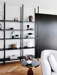 Small Living Room Storage 15 Stylish and Clever Living Room Storage Ideas Small Living Room Storage, Simple Living Room, Beautiful Living Rooms, Home Living Room, Living Room Furniture, Living Room Designs, Living Spaces, Kids Furniture, Modern Living