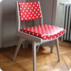 Seriously Daisies: Green Polka Dot Chair Makeover (tutorial Sources In  Comments Section)   Give It New Life...   Pinterest   Chair Makeover,  Tutorials And ...