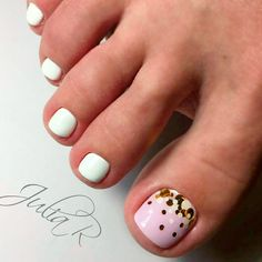 Semi-permanent varnish, false nails, patches: which manicure to choose? - My Nails Black Toe Nails, Simple Toe Nails, Summer Toe Nails, Beach Nails, Stiletto Nails, Toe Nail Color, Toe Nail Art, Nail Colors, Elegant Nail Designs