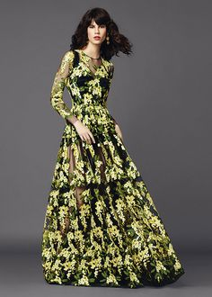 Dolce   Gabbana Women s Clothing Collection Summer 2015 Moda Passerella 1ff4dfe4e07