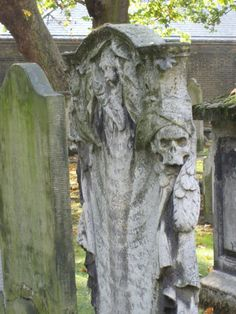 Bunhill Fields Cemetery, London Cemetery Statues, Cemetery Headstones, Old Cemeteries, Cemetery Art, Unusual Headstones, Graven Images, Grave Markers, Catacombs, Memento Mori