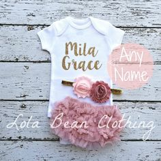 Baby Girl Coming Home Outfit \\ Baby Girl \\ Newborn Girl Coming Home Outfit \\ Baby Girl Clothes \\ Baby Shower Gift \\ Newborn Girl Outfit by LolaBeanClothing on Etsy Going Home Outfit, Girls Coming Home Outfit, Take Home Outfit, Newborn Coming Home Outfit, Gifts For Newborn Girl, Newborn Girl Outfits, Baby Girl Newborn, Baby Outfits, Baby Girls