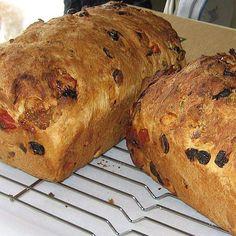 Slovenian Christmas bread or sarkelj is a slightly sweet yeast-raised raisin bread.