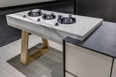 New designs, textures and many more... This weekend at KBB Birmingham, the UK's largest event of Kitchen, Bedroom and Bathroom. Visit us in Stand K-108 from 6th to 9th March! NEOLITH: Design, Durability, Versatility, Sustainability. #Neolith #ExtraordinarySurface #TheSize #KBB #Kitchen #Beth