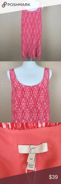 """Joie Shift Dress Mini Tunic Sleeveless Geometric M JOIE women's size medium mini shift dress/tunic. Oversized, flowy style. Geometric print of coral/reddish color. 100% silk outer (lining is polyester). Patch chest pocket. Deep scoop neck and back. 100% silk. Pre-loved. Great condition.  Armpit to Armpit: 19"""" Length: 34""""  Sorry, no trades.  HH034 Joie Dresses Mini"""