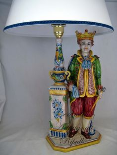 Our production of handmade lamps ceramic, varies depending on the spaces of the house and the location where they should be placed. We produce narrow lumens and high, so as to recover the space below, or wide and curved, so as to increase the value of decorative art. The most suitable places for our bedside lamps, are the living room, office, hall, for lamps larger; the bedroom or study for the smaller ones. www.ceramicheripullo.com