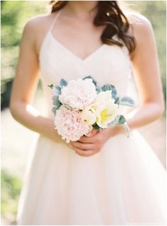 Warmth of Summer Styled Bridal Shoot in film by Megan Christine Photography // see more on lemagnifiqueblog.com