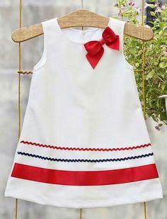 African Dresses For Kids, Toddler Girl Dresses, Toddler Outfits, Kids Outfits, Baby Dress Design, Baby Girl Dress Patterns, Frocks For Girls, Kids Frocks, Little Girl Dresses