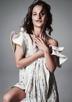 Alicia Vikander - Photoshoot for Madame Figaro 2018 Alicia Vikander Bikini, Alicia Vikander Style, Jessica Chastain, Lara Croft, Super Heroine, The Danish Girl, Swedish Actresses, Nicolas Ghesquière, Ingrid Bergman