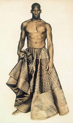 In Praise of Men Wearing Skirts: Jean Paul Gaultier circa 1985 Jean Paul Gaultier, Fashion Mode, High Fashion, Mens Fashion, Fashion Beauty, Men Wearing Skirts, Look Festival, Quilted Skirt, Look Jean
