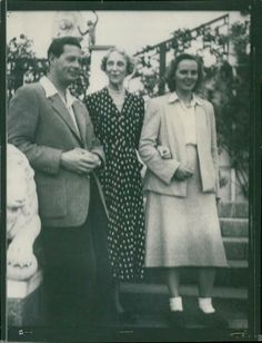 Exkung Mikael I of Romania, Princess Ingeborg and Princess Anne on the Castle St Who Is Your Father, King King, Princess Anne, Royal House, Press Photo, Photo Archive, Romania, Royals, Saints