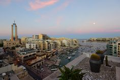 The candy floss sky above Hotel Juliani, Malta | Luxury & Boutique Escapes In Europe | Photo by HIP Hotels