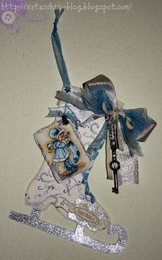 Silver Glitter Ice Skate Tag...with skeleton key...by Whiff of Joy - Tutorials & Inspiration.