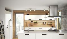 Avec îlot, coin repas ou en version ouverte, les nouvelles cuisines Ikea font place à la convivialité. Ces nouvelles finitions de cuisine sont basées sur le système de caissons Metod pour un aménagement de cuisine sur mesure. Découvrez les premières photos des nouvelles finitions de cuisine Ikea Metod 2016 sous le thème du partage.