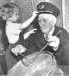 Albert Woolson: He had banged that same drum far more quickly as a member of the First Minnesota Regiment, Heavy Artillery. At 106, he picked up the sticks only to amuse little Frances Kobus, 3. Woolson died three years later, the last of the 3.1 million who had worn the Blue or the Gray in the American Civil War.