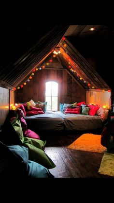 Really cute idea for teen bedroom!!!(: