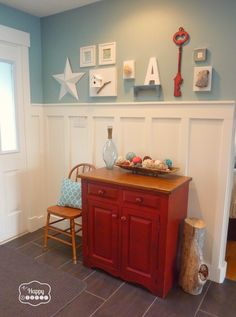 Board and Batten Entry Hall at thehappyhousie