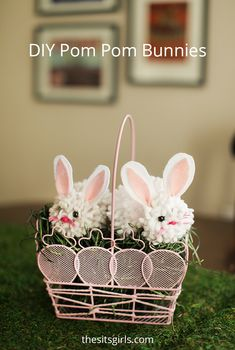 These pomp pom bunnies use yarn to make them, and only take a couple minutes!