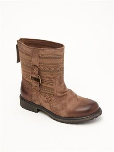Super cute boots by ROXY.