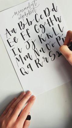 Calligraphy Lessons, Calligraphy For Beginners, How To Write Calligraphy, Simple Calligraphy Alphabet, Hand Lettering For Beginners, Brush Pen Calligraphy, Calligraphy Writing, Calligraphy Handwriting, Penmanship