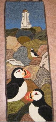 A hooked rug. I have a whole new appreciation for hooked rugs after looking at this site. Yarn Crafts, Diy Crafts, Rug Hooking Designs, Do It Yourself Decorating, Art Mat, Hand Hooked Rugs, Rugs Usa, Mosaic Patterns, Newfoundland