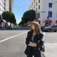 Style Fridays: How to dress like Lisa from Blackpink - A Very K Life Lisa Bp, Jennie Blackpink, South Korean Girls, Korean Girl Groups, K Pop, Lisa Black Pink, Blackpink Members, Blackpink Fashion, Fashion Outfits