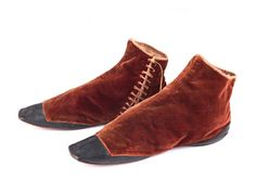 Shoe-Icons / Shoes / Side-lacing gaiter brown velvet boots with leather toes and back. 1830-40