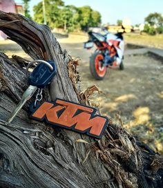 i lv ktm Duke Motorcycle, Duke Bike, Scrambler Motorcycle, Desktop Background Pictures, Editing Background, Picsart Background, Blurred Background, Ktm Rc 200, Ktm Duke 200