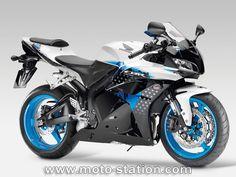 Honda CBR600RR : Nouvelles décos, évolutions moteur et ABS