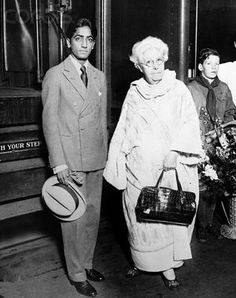 Jiddhu Krishnamurthi & Dr. Annie Besant