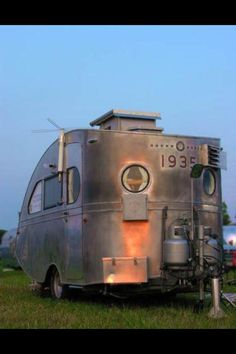 Airstream Torpedo 1935 (oldest known existing airstream)