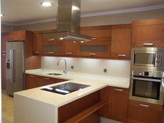 Me gusta este color Kitchen Modular, Kitchen Units, Kitchen Shelves, Kitchen Decor, Kitchen Cabinets, Semi Open Kitchen, Kitchen Arrangement, Dream Apartment, Modern Kitchen Design