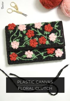 Floral-plastic-canvas-DIY-clutch...Beautiful little clutch is a work of love and well worth the time to make it!! Free tutorial with great instructions!!