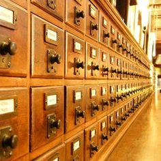 Приготовьтесь работать с каталогами архивов (Wikimedia Commons)