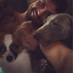 BT UrruelaCan't go back to sleep so chilling with my babes.  #KikoandScout